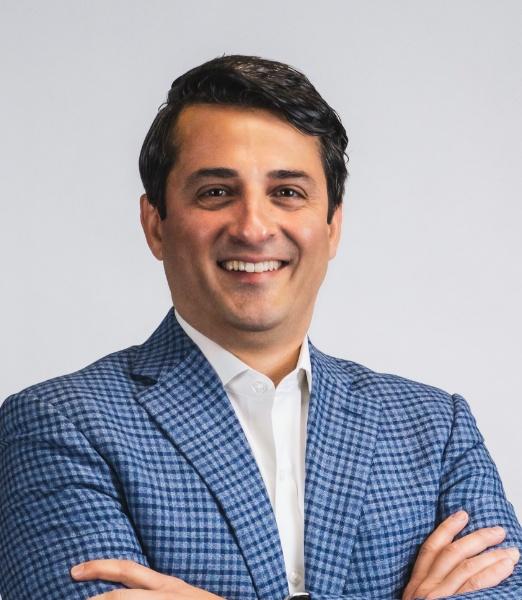 Navid Farzad
